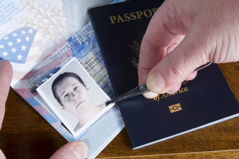 väärennetty passi